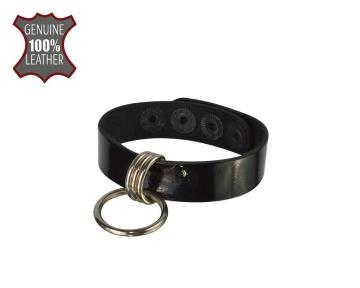 Черный лаковый кожаный браслет с подвесным колечком