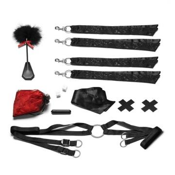 Романтический набор для БДСМ-игр с лепестками роз