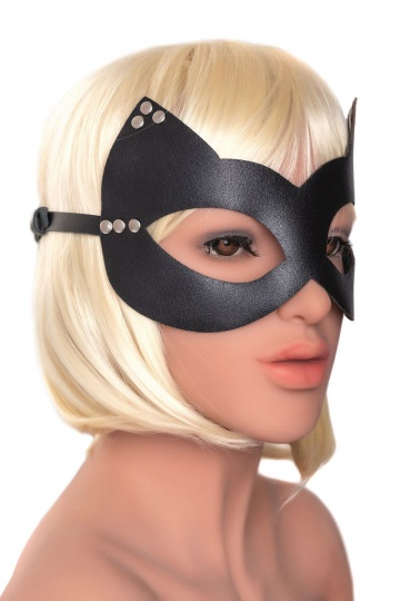 """Пикантная черная маска """"Кошка"""" с заклепками"""