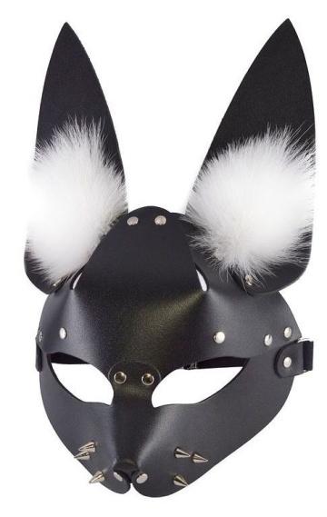 """Черная маска """"Зайка"""" с меховыми ушками"""