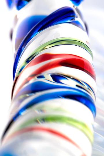 Стеклянный фаллос с различным рельефом - 18 см.