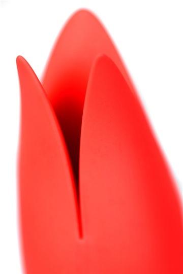 Красный вибратор Satisfyer Power Flower с лепестками - 18,8 см.